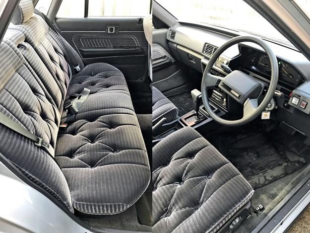 Toyota-Cressida-interior.jpg