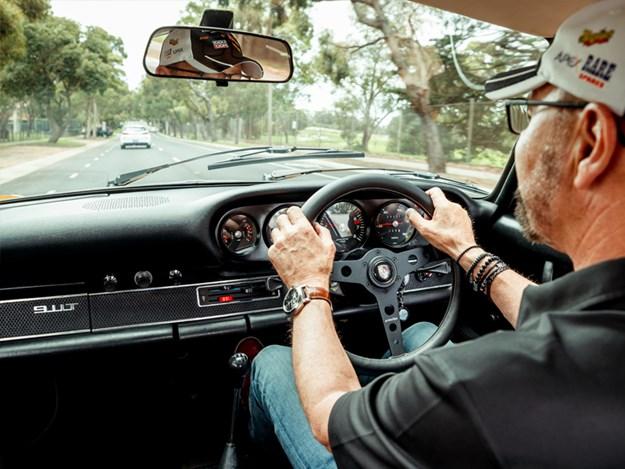 JB-911T-interior-driving2.jpg
