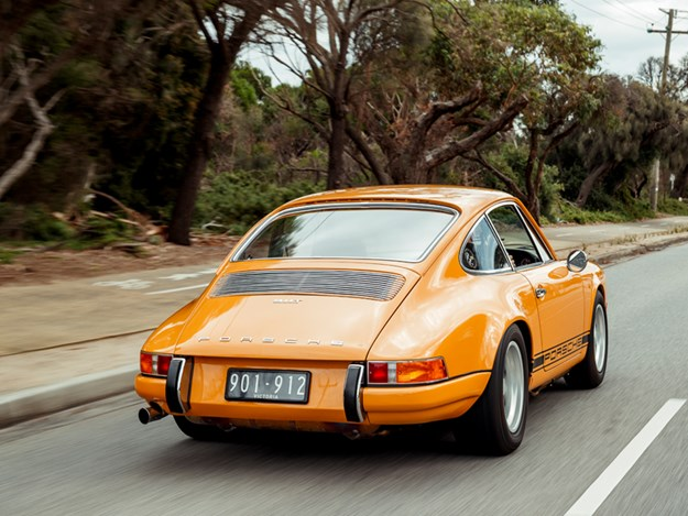 JB-911T-rear-side-rolling.jpg