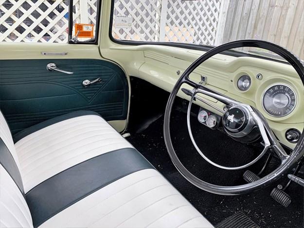 Holden-EK-Tempter-interior.jpg