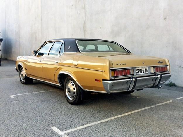 ZH-Fairlane-rear-side.jpg
