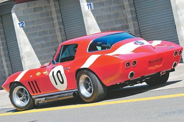 peter-brock-corvette-6.jpg