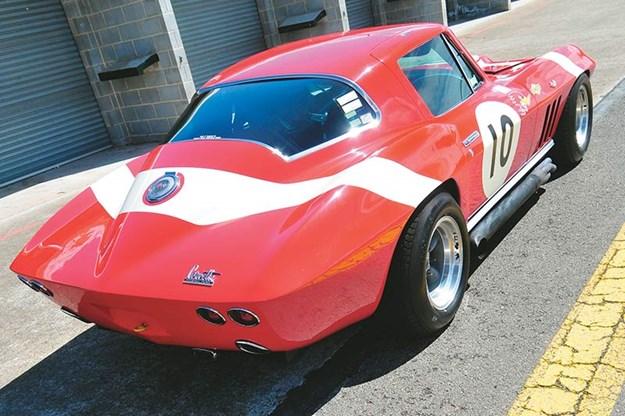 peter-brock-corvette-9.jpg