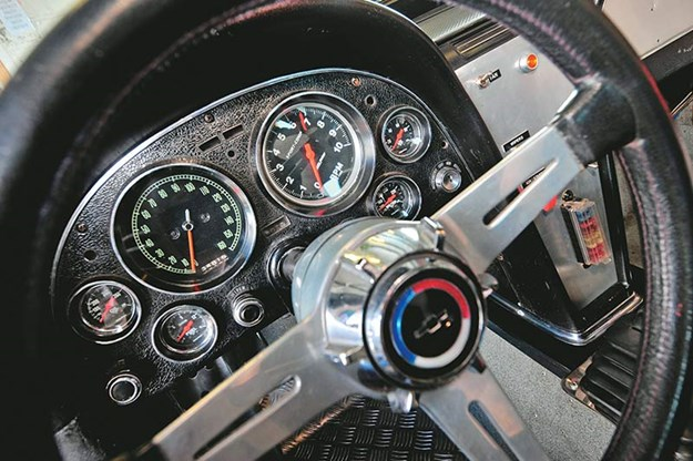 peter-brock-corvette-dash.jpg