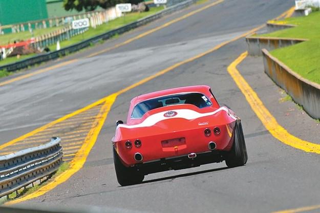 peter-brock-corvette-sandown-3.jpg