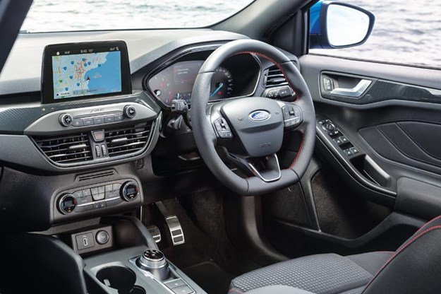 ford-focus-interior-2.jpg