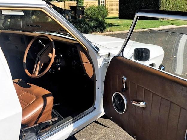 HZ-One-Tonner-interior-door.jpg