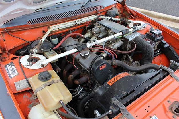volvo-rally-car-engine-bay-2.jpg