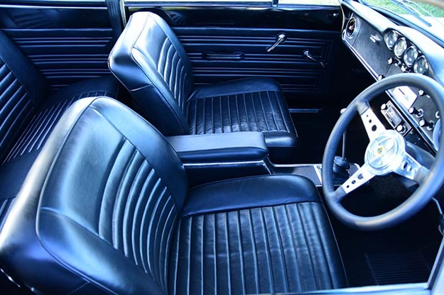 ford-cortina-interior.jpg