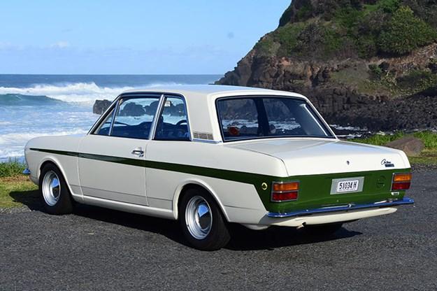 ford-cortina-rear-2.jpg