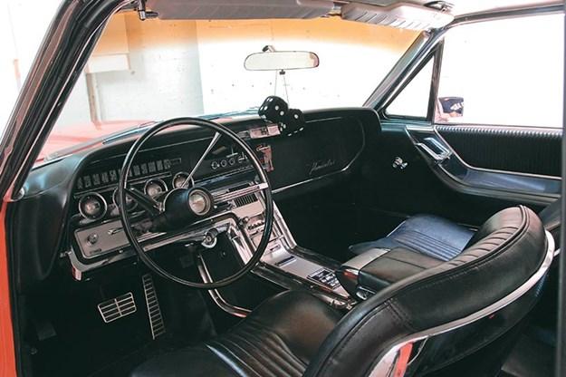 ford-thunderbird-resto-interior.jpg