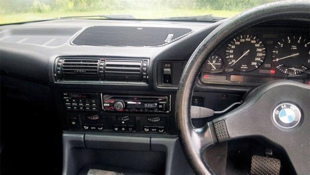 BMW-E34-tempter-front-interior.jpg