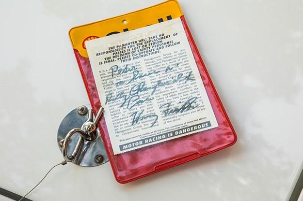 R:\Web\WebTeam\Mary\Motoring\UC 438\hdt torana\passport.jpg