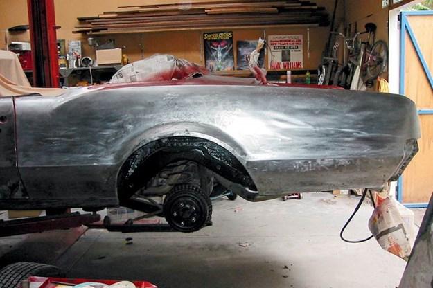R:\Web\WebTeam\Mary\Motoring\UC 438\reader ride\oldsmobile-convertible-resto-2.jpg