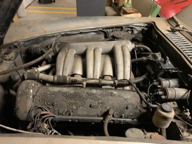 300SL-barn-find-engine.jpg