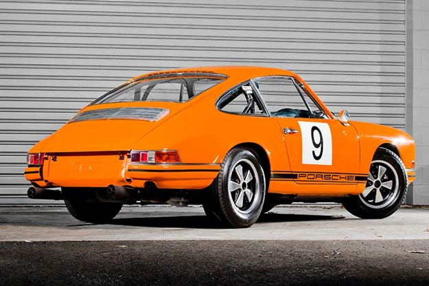 R:\Web\WebTeam\Mary\Motoring\UC 424\alan hamilton\porsche-rear.jpg