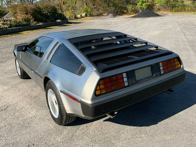 1200-mile-delorean-rear-side.jpg