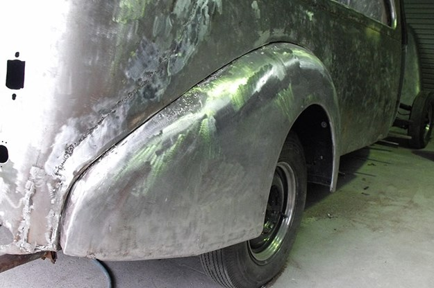 R:\Web\WebTeam\Mary\Motoring\UC 438\reader resto studebaker\studebaker-hearse-resto-16.jpg