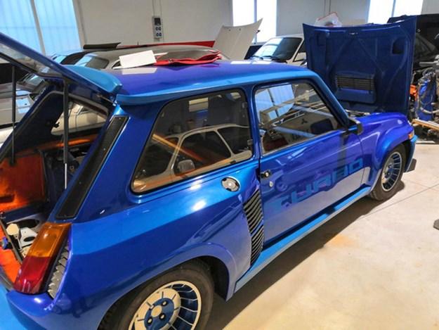 Stolen-modern-classics-renault-5-turbo.jpg
