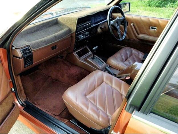 HDT-Commo-interior-front.jpg