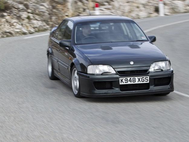 Vauxhall-Lotus-Carlton-action.jpg