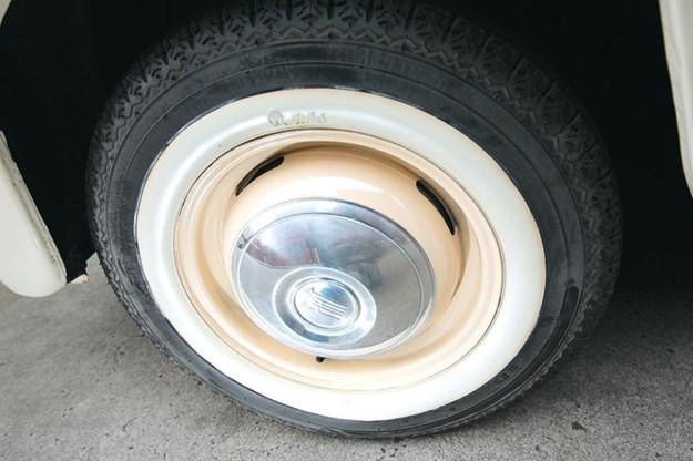 fiat-multipla-wheel.jpg