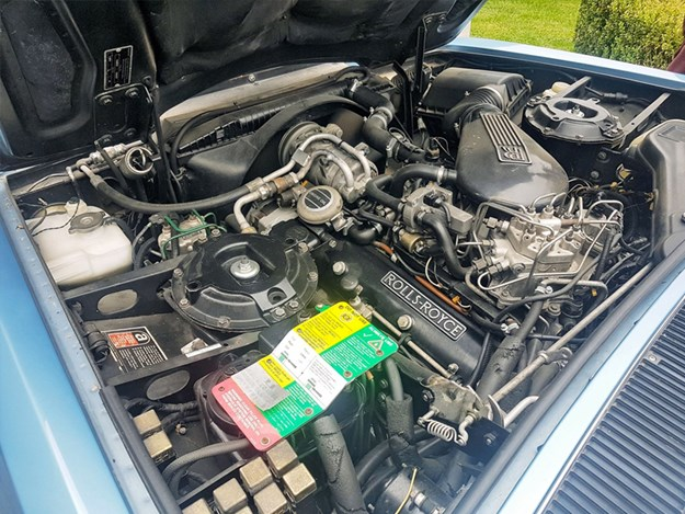 Rolls-Royce-Silver-Spirit-engine.jpg