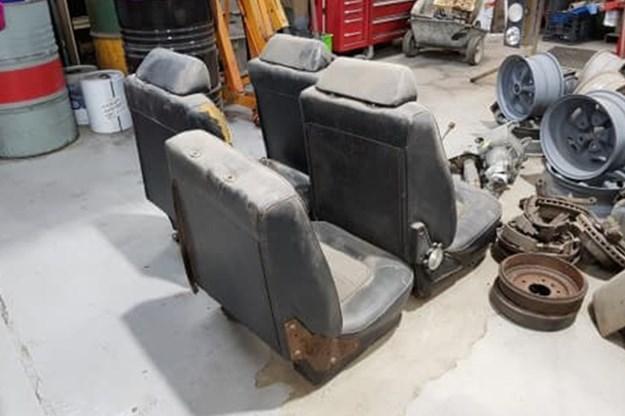 Holden HQ Monaro resto