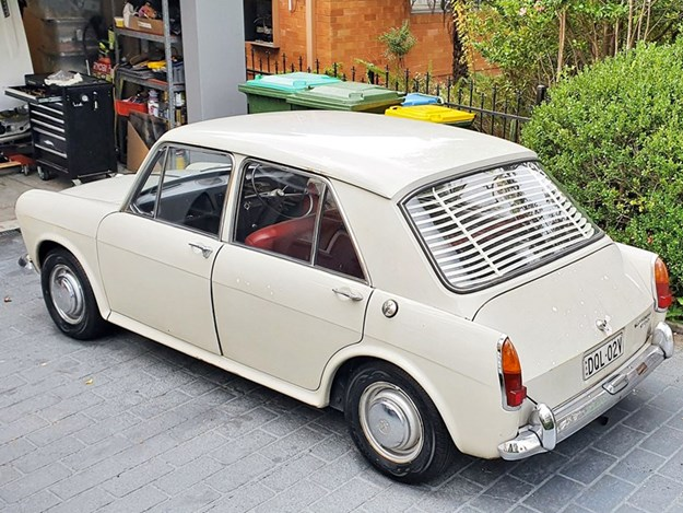 Morris-1100-Mk1-rear-side.jpg