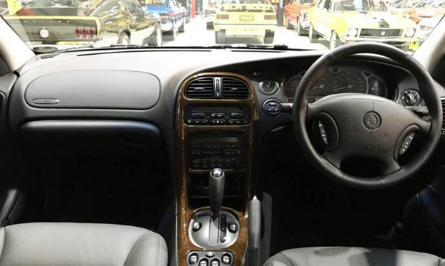 WH-Statesman-interior.jpg