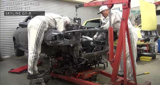 Toyota-restores-Nissan-engine-out.jpg