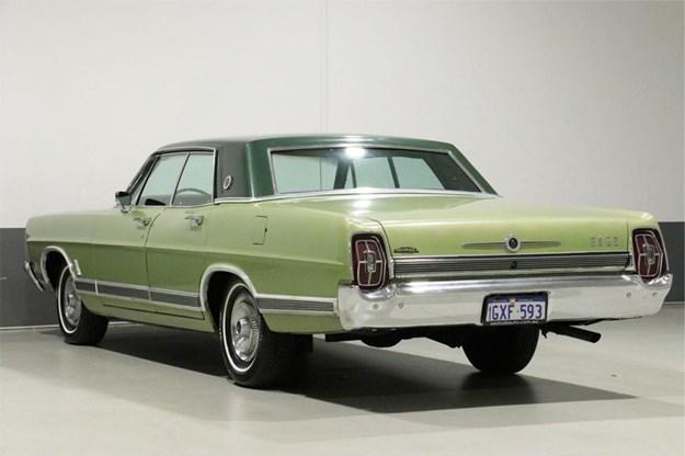 Ford-LTD-rear-side.jpg