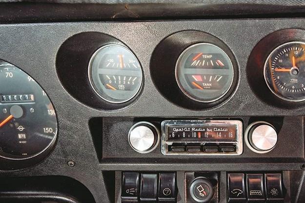 1970 Opel GT dash