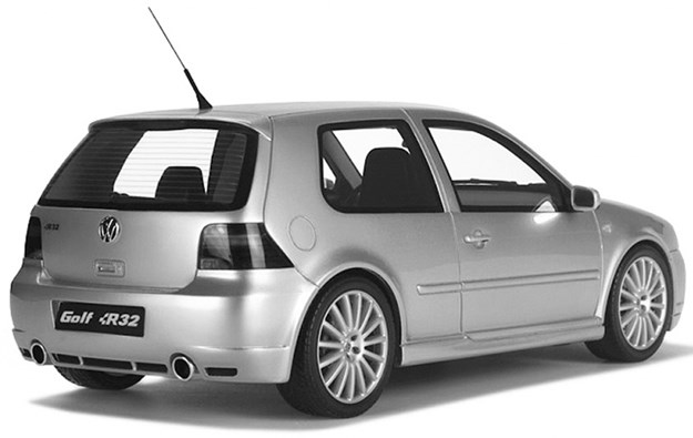 R:\Web\WebTeam\Mary\Motoring\UC 440\auction\vw-golf-r32.jpg