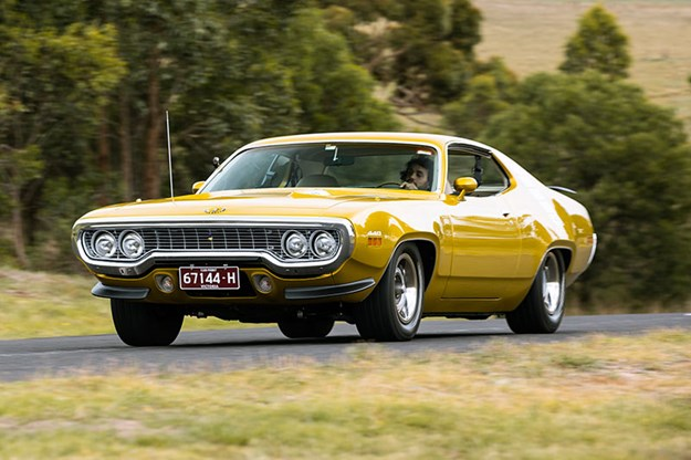 R:\Web\WebTeam\Mary\Motoring\UC 440\road runner\plymouth-road-runner-onroad-2.jpg