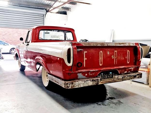 1961-F100-rear-side.jpg