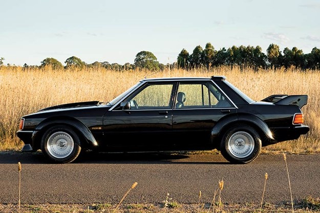 ford-xd-falcon-phase-5-side.jpg