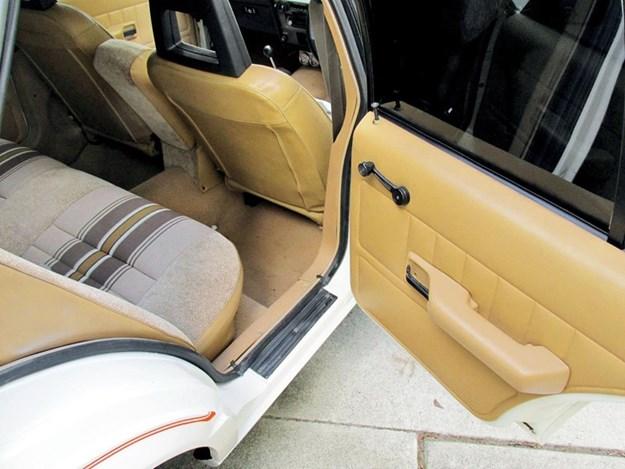 XD-Falcon-Spack-interior-rear.jpg