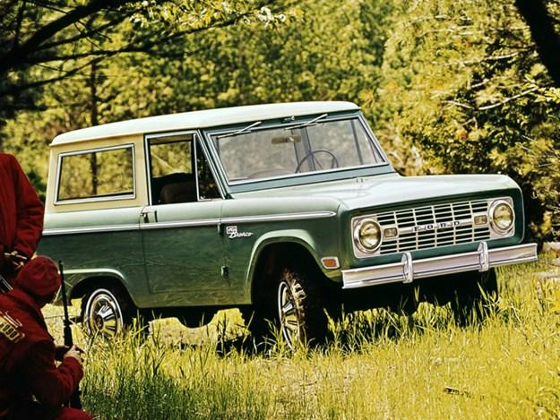 Ford-Bronco-History-G1-wagon.jpg