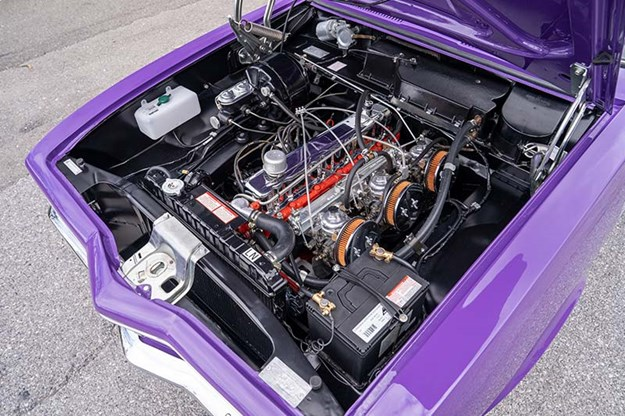 R:\Web\WebTeam\Mary\Motoring\UC 441\XU1 feature\torana-lx-xu1-engine-bay-2.jpg
