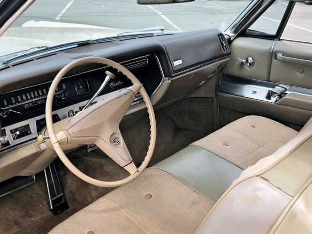 Cadillac-coupe-deville-interior.jpg