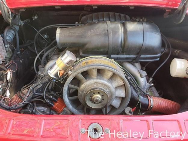 Porsche-911T-engine.jpg