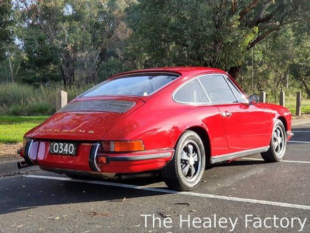 Porsche-911T-rear-side.jpg