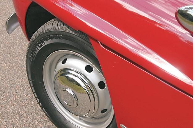 jensen-541r-wheel.jpg