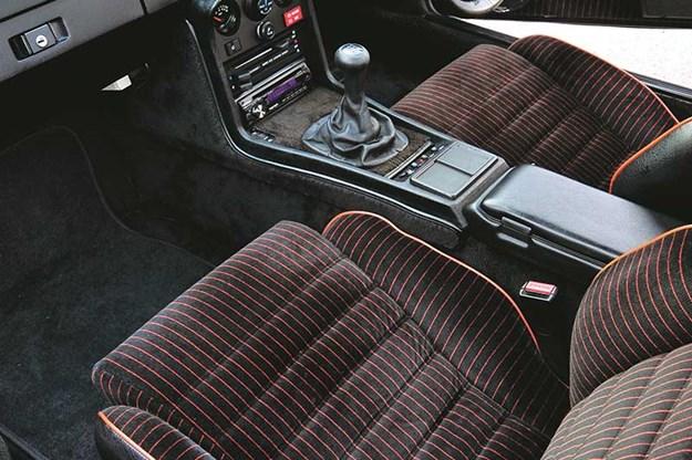 porsche-924-seats.jpg
