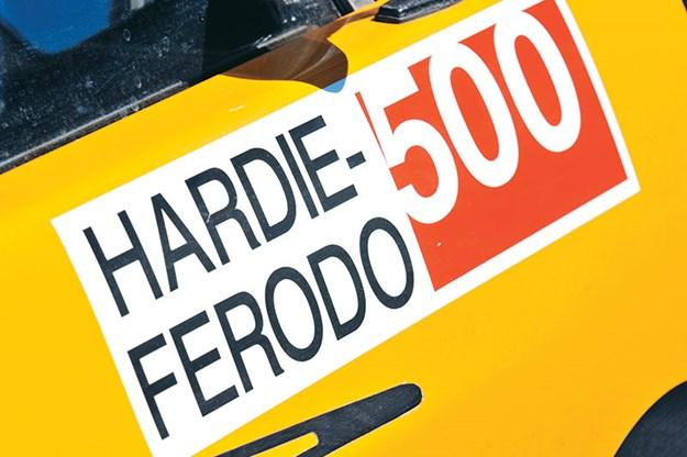 bathurst-e38-charger-hardie-ferodo.jpg