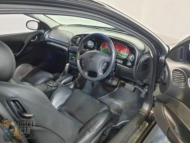 Monaro-cv8-interior.jpg