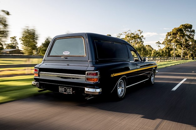 ford-xy-falcon-van-onroad-rear.jpg