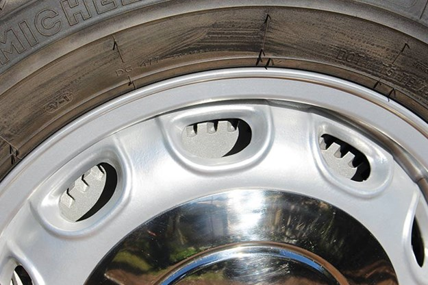 alfa-romeo-giulietta-wheel.jpg