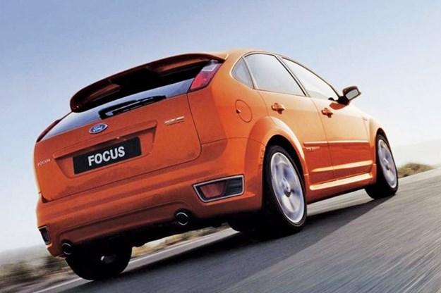 ford-xr5-turbo-rear.jpg